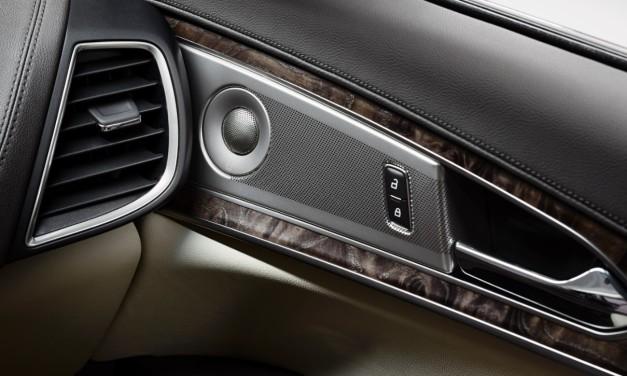 تضيف لينكون الصوت العالي الجودة إلى مركباتها الفاخرة بفضل نظامَي Revel الصوتيين