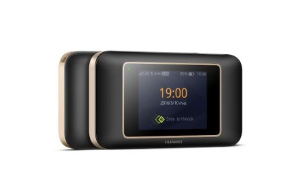 """""""هواوي"""" تطلق جهاز E5787 Touch Cat6 Wi-Fi Hotspot  المحمول للإتصال بالإنترنت بسرعات عالية"""