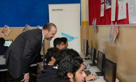 """أكسنتشر تشجع الطلبة في أبوظبي على تعلم الترميز ضمن حملة """"ساعة ترميز"""""""