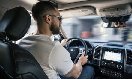نظام SYNC 3 من فورد يبقيك على اتصال ويجنبك تشتت الانتباه أثناء القيادة
