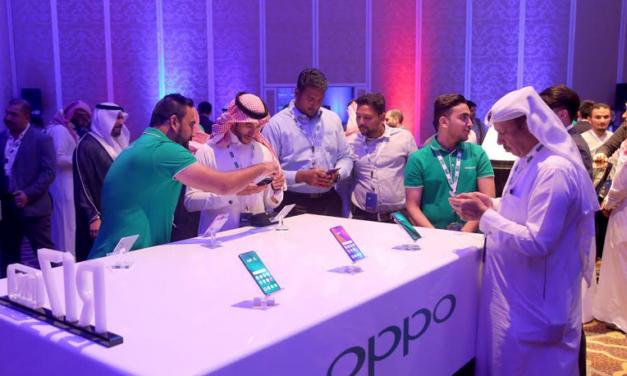 OPPO تطلق مجموعة من هواتفها الذكية في كبرى المتاجر السعودية