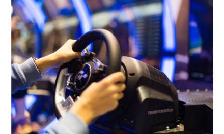 يسرّ Thrustmaster®، إحدى رواد العالم في مجال ملحقات ألعاب فيديو محاكاة السباقات والطيران، أن تأكد وجودها في منطقة الشرق الأوسط