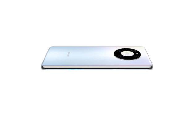 هاتف HUAWEI Mate 40 Pro يضعك على كرسي المخرج مع دقة عالية الوضوح في الوقت الحقيقي (real-time HDR) بالإضافة إلى لقطات ثابتة ولقطات التتبع