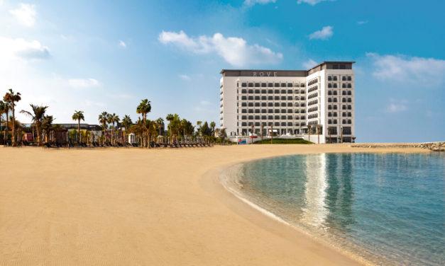 روڤ للفنادق تفتتح فندق روڤ لا مير بيتش لتعيد تعريف مفهوم الإقامة المترفة والمريحة في المنتجعات الشاطئية