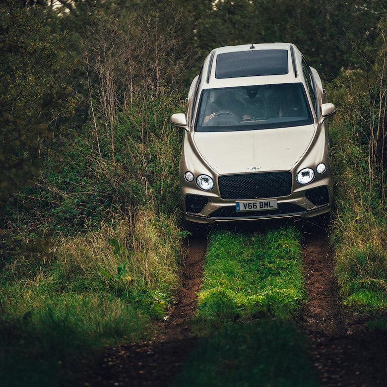 Image 3 - Bentley Bentayga V8's Offroad Abilities