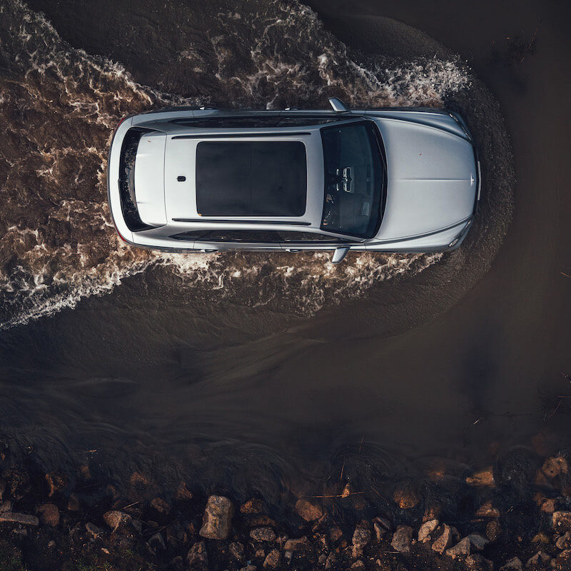 Image 6 - Bentley Bentayga V8