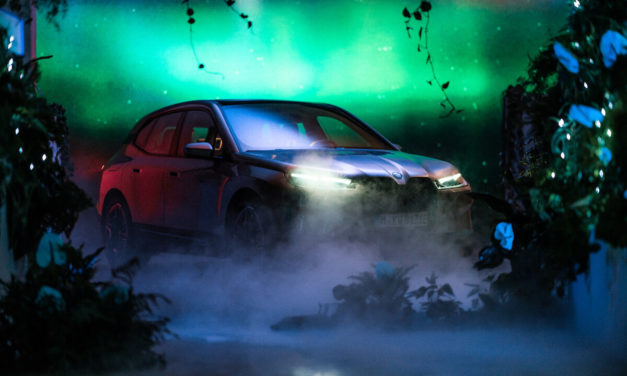 BMW تعلن عن مستقبل نظام العرض والتشغيل BMW iDrive في معرض الإلكترونيات الاستهلاكية 2021