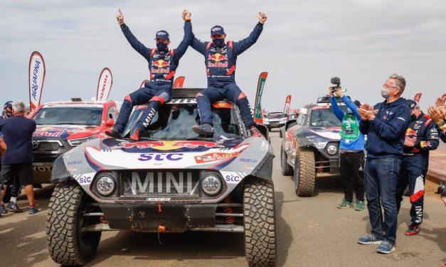 رالي داكار 2021: ستة انتصارات لعلامة MINI: صاحب الرقم القياسي السائق ستيفان بيترانسل يحقق الانتصار بسيارة MINI JCW Buggy