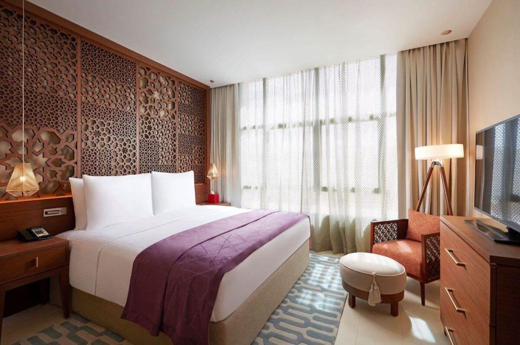 Shaza Riyadh - bedroom with Balcony