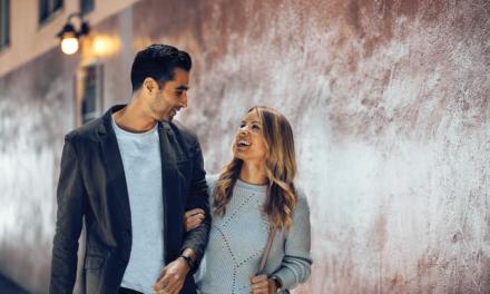 فيتبيت وتايل تطلقان تعاونهما بإضافة ميزّة التعقب على Fitbit Inspire 2