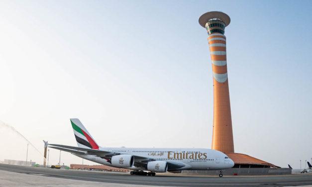 طيران الإمارات أول ناقلة تشغل طائرة A380 إلى المبنى 1 بمطار الملك عبد العزيز الدولي بجدة