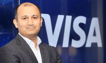 """""""الأنصاري للصرافة"""" تحصل على ترخيص إصدار من """"فيزا"""" في إنجاز هو الأول لشركة صرافة في الإمارات"""