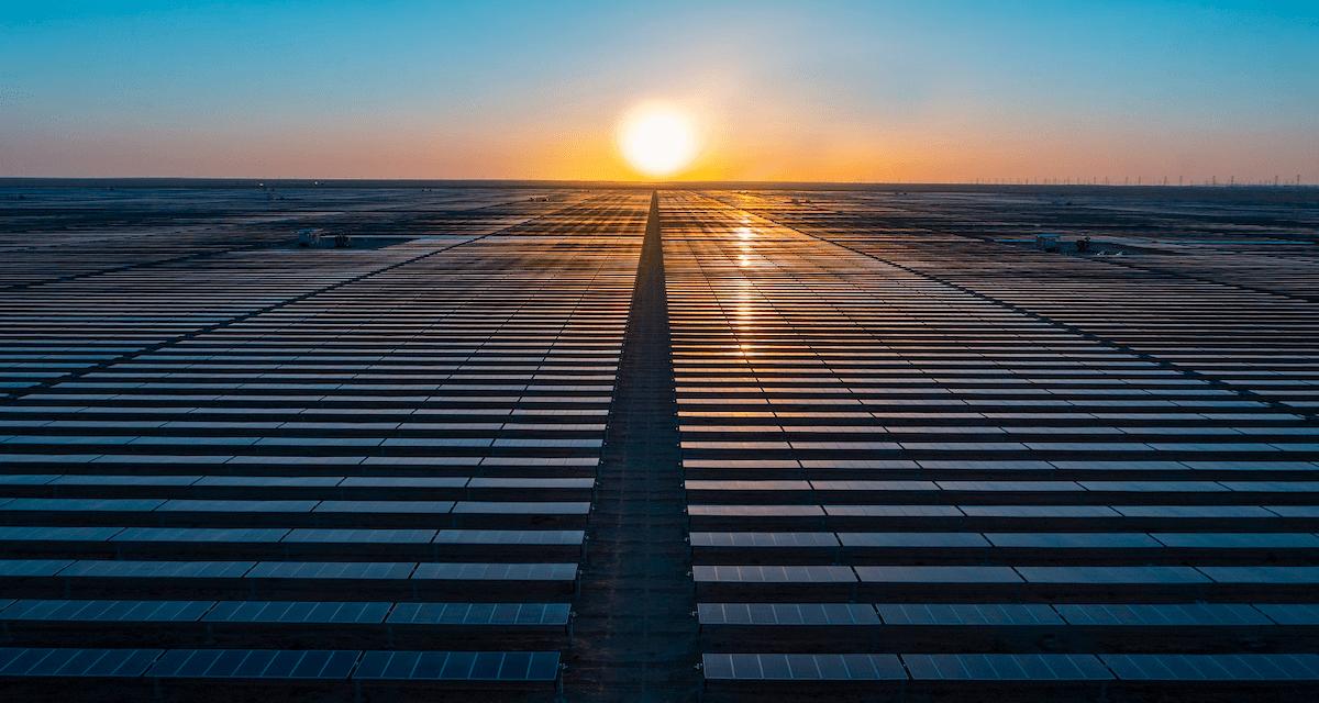 """برعاية سمو ولي العهد وسمو وزير الطاقة السعودي: """"أكوا باور"""" تدشن أول محطة للطاقة المتجددة في المملكة"""