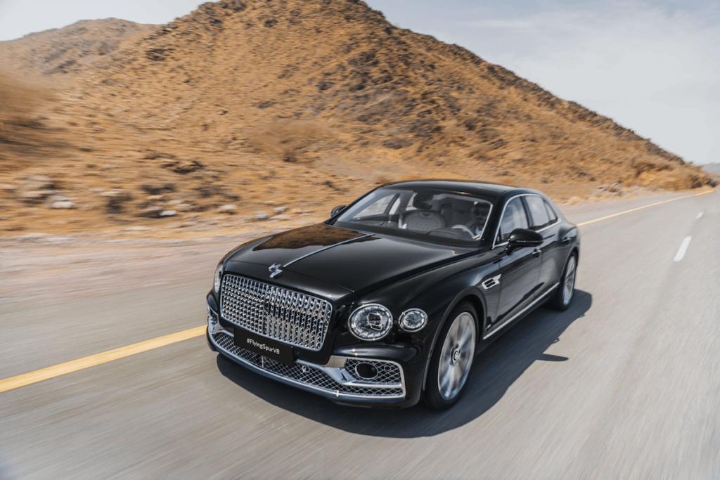 ------ 2 - Bentley Flying Spur V8