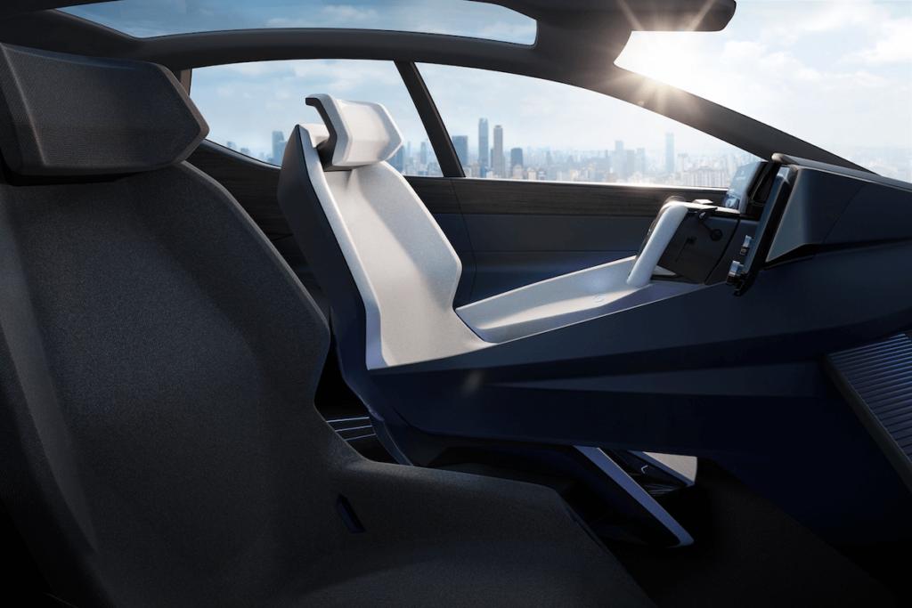 2021-Lexus-LFZ-0011