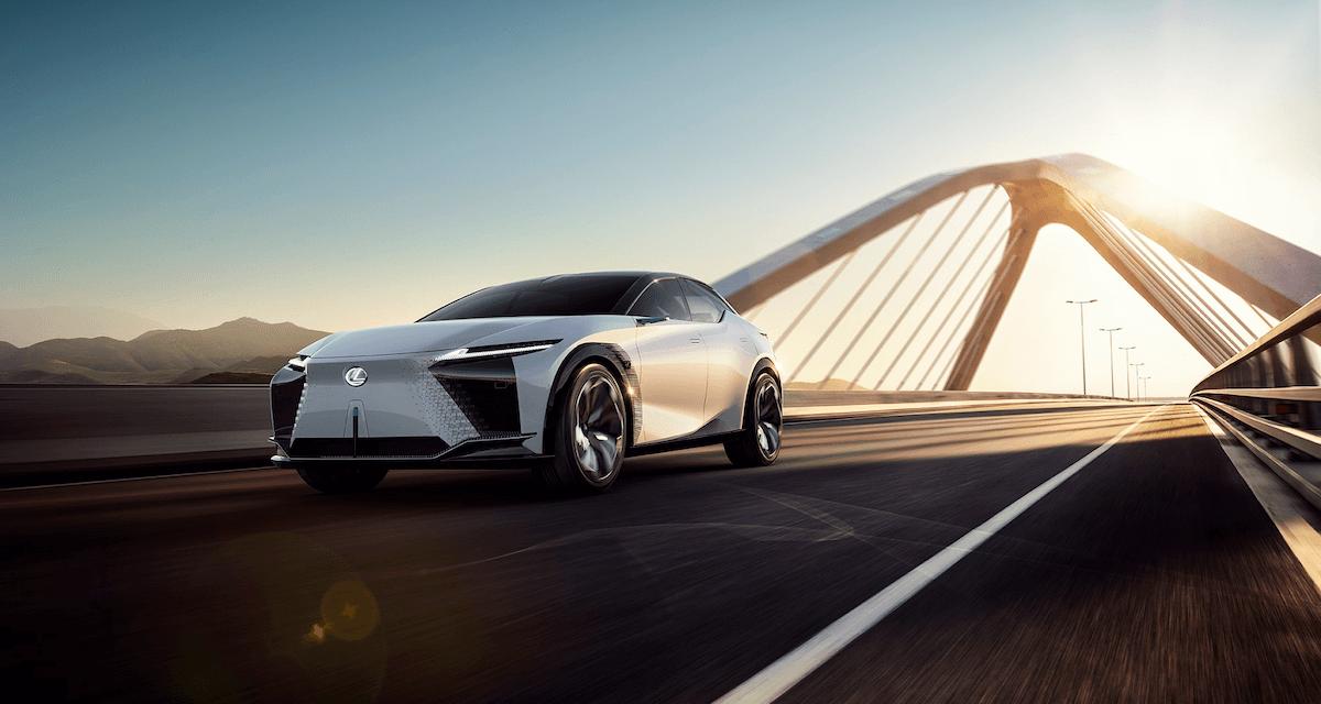 العرض العالمي الأول لسيارة لكزس الكهربائية الجديدة لكزس   LF-Z