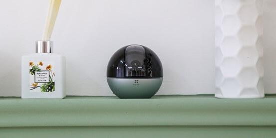 indoor camera -EZVIZ C6W