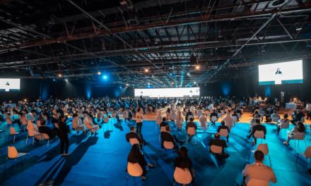 مركز دبي التجاري العالمي يخطو خطوة كُبرى باتجاه الاستفادة من مزايا حلول مراكز الاتصال المُستندة إلى السحابة من أڤايا
