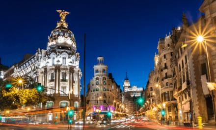 إسبانيا تفتح أبوابها للحاصلين على اللقاح ابتداءً من 7 يونيو
