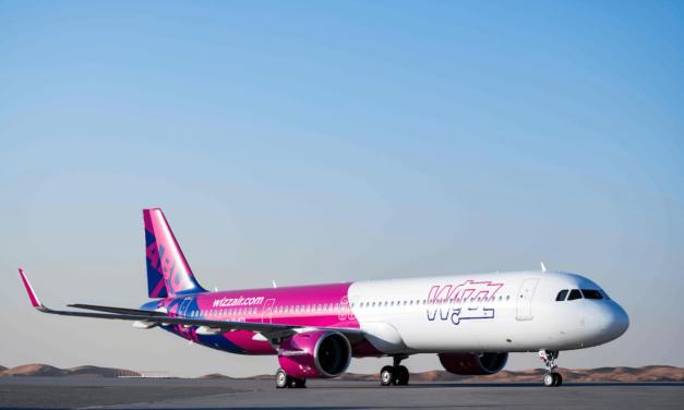 """""""ويز إير أبوظبي"""" تطلق حقيبة السفر الإلكترونية للاستغناء المستندات الورقية"""